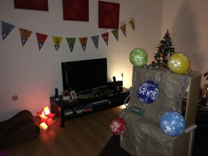 22.12. - Geburtstag. Wie auch im letzten Jahr waren die Luftballons der Hit. Das Geschenk später dann aber auch.