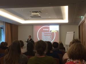 Susanne Mierau über Soziale Kanäle im Netz