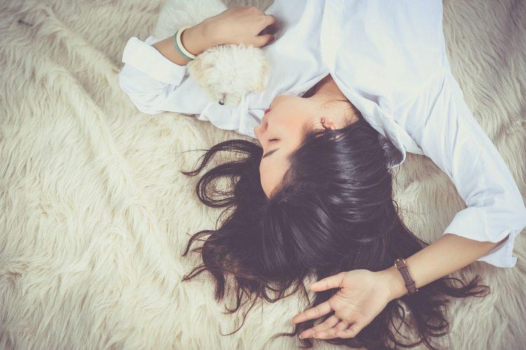 Sieben Strategien, die dir als hochsensible Mutter helfen, Entspannung im Alltag zu finden.